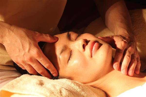 anti-ageing facial